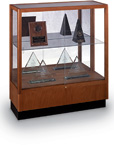 Heritage Countertop Height Floor Display Case